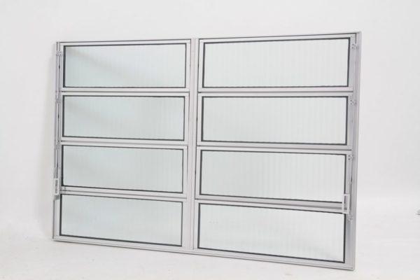 Vitrô Basculante de 2 seções em Alumínio Brilhante