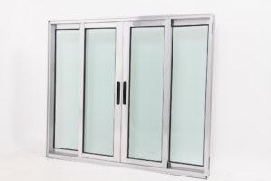 Janela de Vidro e Alumínio Brilhante com 4 folhas - Linha Premium