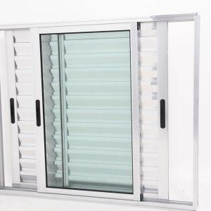 Janela Veneziana de Alumínio Brilhante de 3 folhas Móveis - Premium